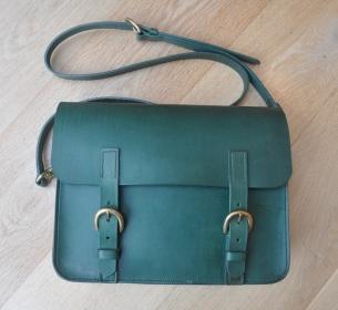 Large leaf green satchel