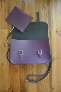Detachable inner pouch